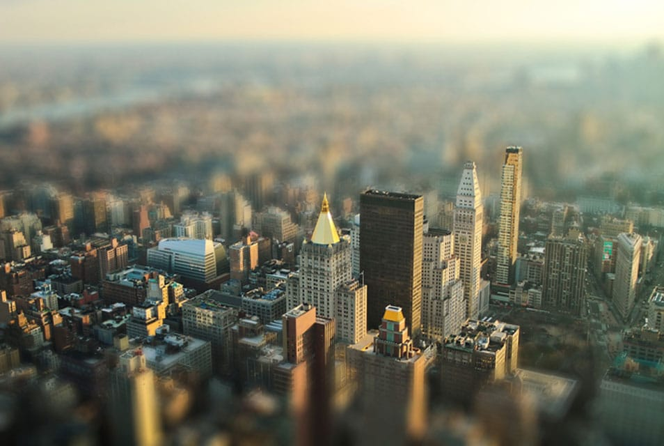 Create Tilt-Shift Effect In Photoshop