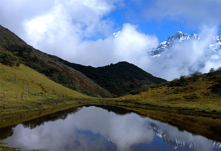 Mountain Reflections - Windows 8 Wallpaper