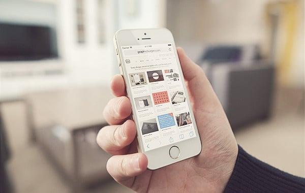 Living Room iPhone 5S MockUp