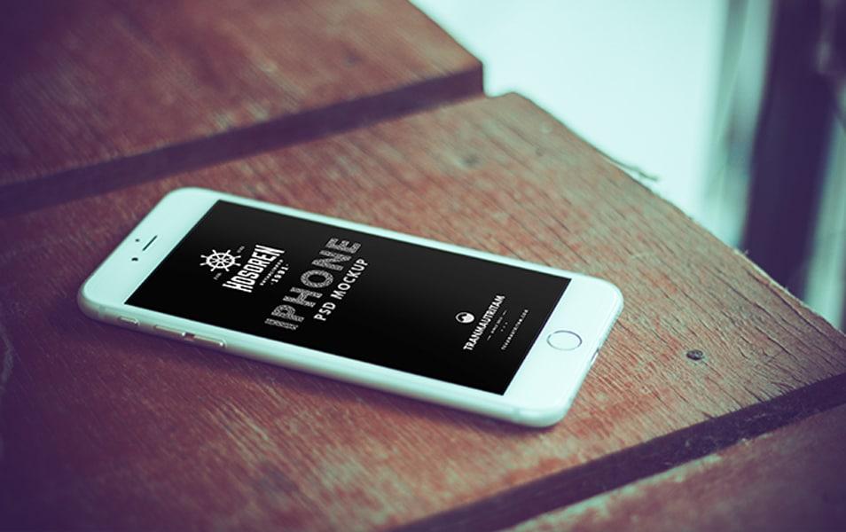 10 Photorealistic iPhone 6 Mockups