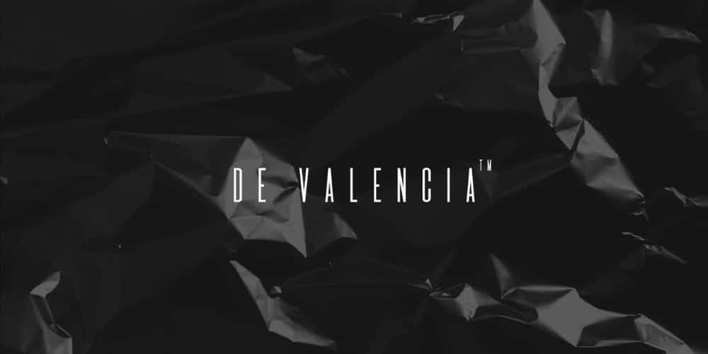 De Valencia Typeface