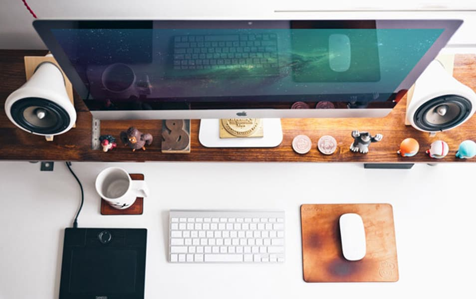Photorealistic iMac Mock-Up Scene vol. 1